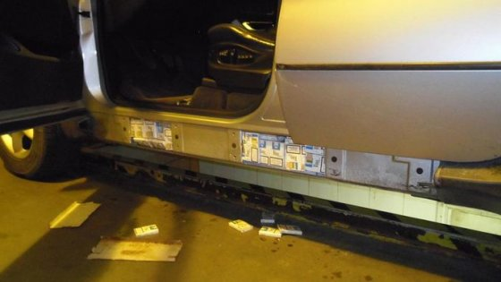 VSAT nuotr./Marijampoliečio BMW X5 su kontrabandinėmis cigaretėmis