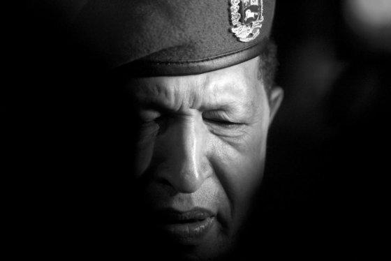 """""""Reuters""""/""""Scanpix"""" nuotr./Hugo Chavezo pasekėjai nerimsta ir po Venesuelos lyderio mirties"""