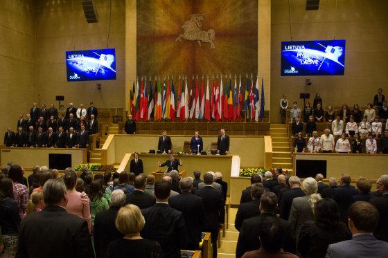 Organizatorių nuotr./Tris tautos žodžius skandavo Seime