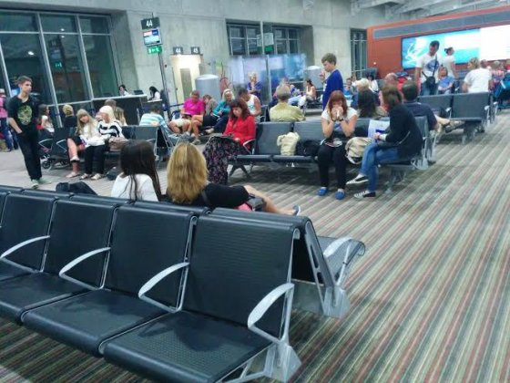 Skaitytojo nuotr./Lietuviai Kipro oro uoste