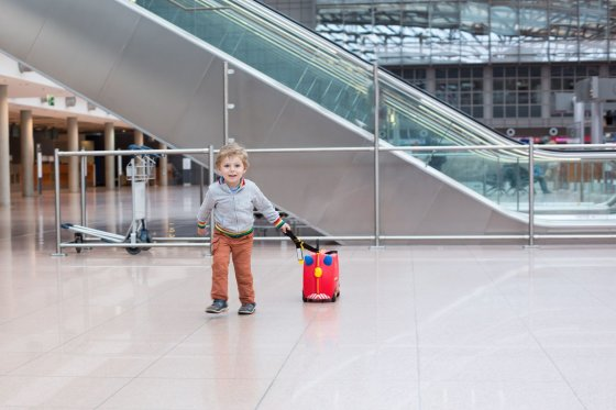 123rf.com/Rankiniame vaikų bagaže negali būti žaislų su aštriomis detalėmis ir žaislinių šautuvų.
