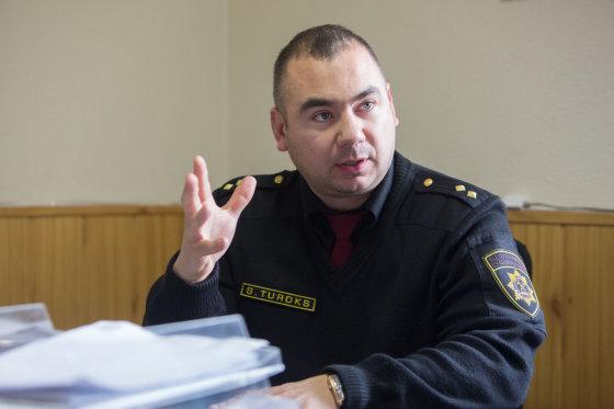 Juliaus Kalinsko/15min.lt nuotr./Gaisrininkas Stanislavas Turokas