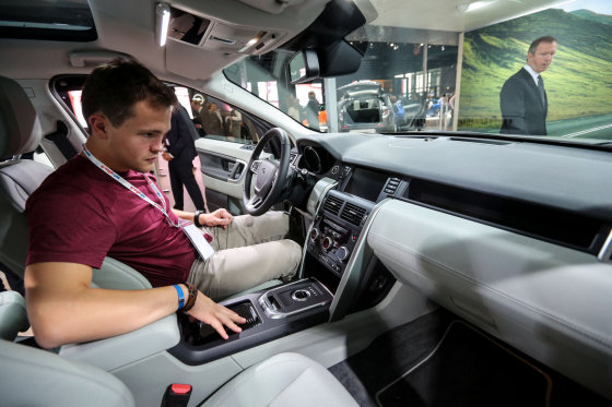 "Juliaus Kalinsko/15min.lt nuotr./""Land Rover Discovery Sport"""