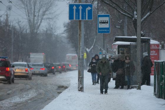 Juliaus Kalinsko/15min.lt nuotr./Stiprus snygis Vilniuje
