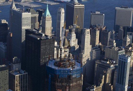 """""""Reuters""""/""""Scanpix"""" nuotr./Statomas naujasis Pasaulio prekybos centro dangoraižis Niujorke"""