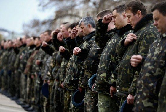 """""""Reuters""""/""""Scanpix"""" nuotr./Kunigas Ukrainos kariams palinkėjo taikos"""
