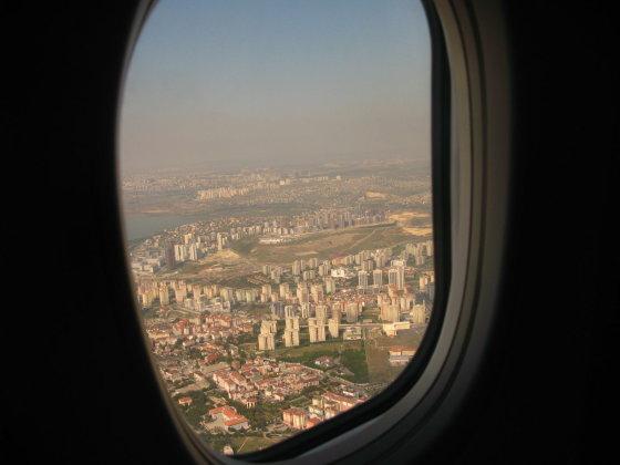 Godos Juocevičiūtė s nuotr./Stambulas pro lėktuvo langą