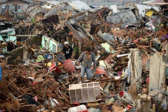 Taip atrodo taifūno nusiaubti Filipinai