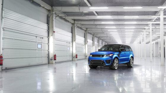"""""""Land Rover"""" nuotr./Galingiausias istorijoje """"Land Rover"""": """"Range Rover Sport SVR"""""""