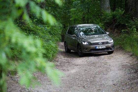 """Karolinos Pansevič nuotr./""""Volkswagen Golf Sportsvan"""""""
