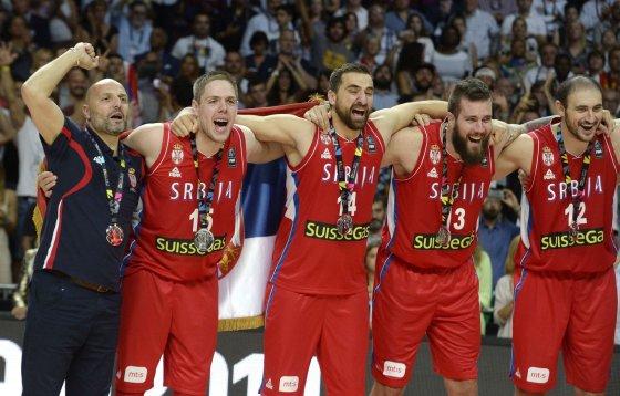 """AFP/""""Scanpix"""" nuotr./Serbija pelnė Pasaulio krepšinio čempionato sidabro medalius"""