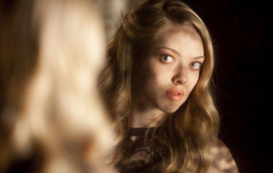 """Kadras iš filmo/""""Kloja"""" (""""Chloe"""", 2009)"""