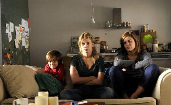 "Kadras iš filmo/""Įdukterė"" (""Les adoptes"", 2011)"