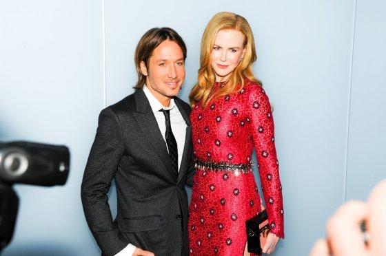 """""""Scanpix"""" nuotr./Nicole Kidman su vyru Keith Urban Niujorke, modernaus meno muziejuje MOMA."""