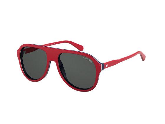 """Gamintojų nuotr./""""Tommy Hilfiger"""" akiniai nuo saulės."""