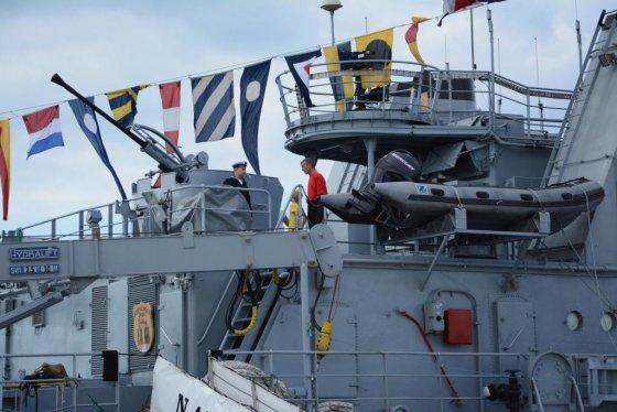 Karinių Jūrų Pajėgų  nuotr./Savaitgalį gyventojai šmirinėjo po NATO laivus