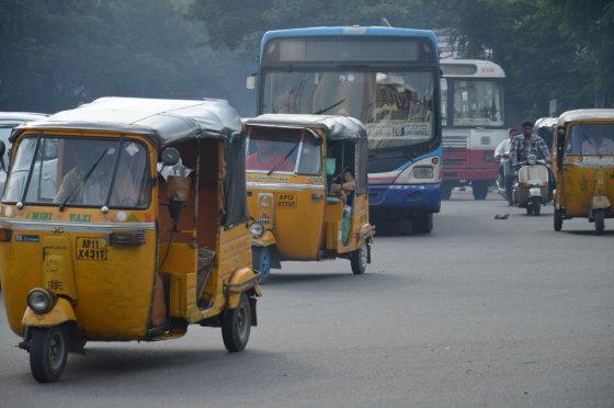 K.Barecko nuotr./Tipiška Hyderabado gatvė