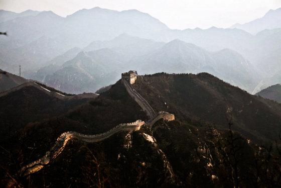 Bertos Tilmantaitės nuotr./Didžiosios Kinų sienos Badaling dalis – gausiauisiai lankoma turistų, nes yra arčiausiai Pekino ir lengviausiai pasiekiama.