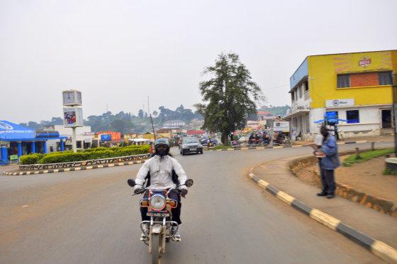 M.Vadišio nuotr./Apsiniaukęs rytas Ugandos kalnų mieste