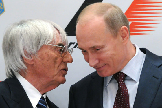 """AFP/""""Scanpix"""" nuotr./""""Formulės-1"""" teisių valdytojas B. Ecclestone'as ir Vladimiras Putinas"""