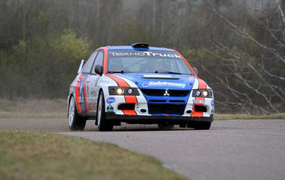 """""""Rally Masters Show 2013"""" organizatorių nuotr./Ramūno Čapkausko ir Tomo Šipkausko ekipažas"""