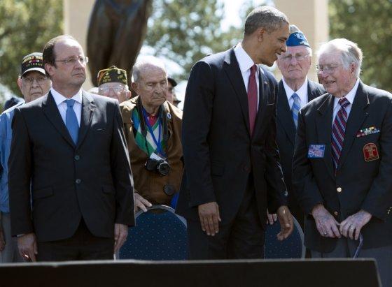 """""""Scanpix"""" nuotr./Barackas Obama, Francois Hollande'as ir išsilaipinimo Normandijoje veteranai"""