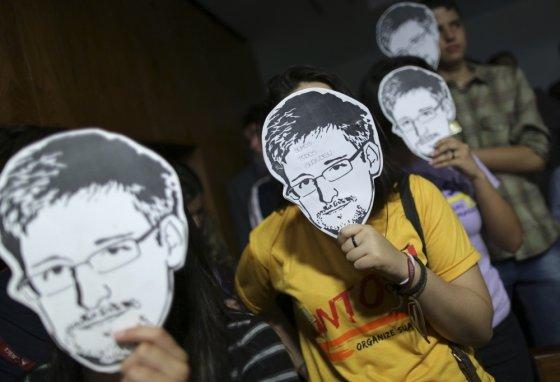 """""""Scanpix"""" nuotr./Edwardas Snowdenas tapo kovos už teisę į privatumą simboliu"""