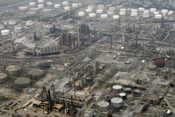 """Scanpix"" nuotr./Naftos perdirbimo gamykla"
