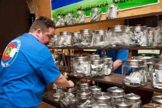 """Reuters""/""Scanpix"" nuotr./Legali marihuanos parduotuvė Denveryje"