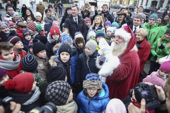 Luko Balandžio/Žmonės.lt nuotr./15-asis Kalėdų karavanas