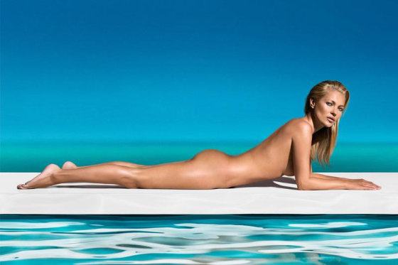 models.com nuotr. /Saint Tropez reklama, 2013 m. gegužė. Fotografas: Solve Sundsbo.