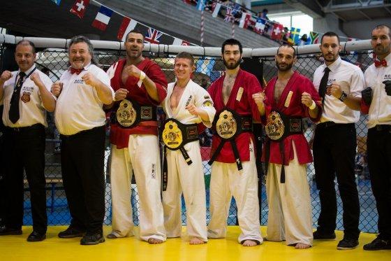2014 m. pasaulio čempionai: O Antanaitis su baltu kimono