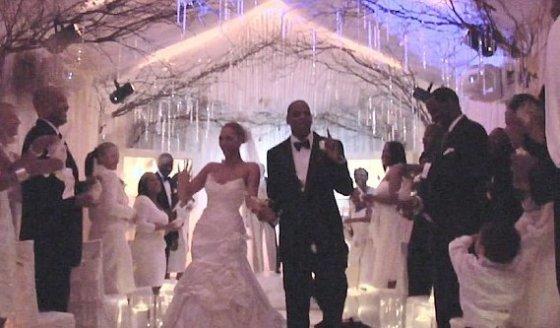 """""""Youtube"""" stop kadras/Beyonce ir Jay-Z susituokė 2008 metais"""