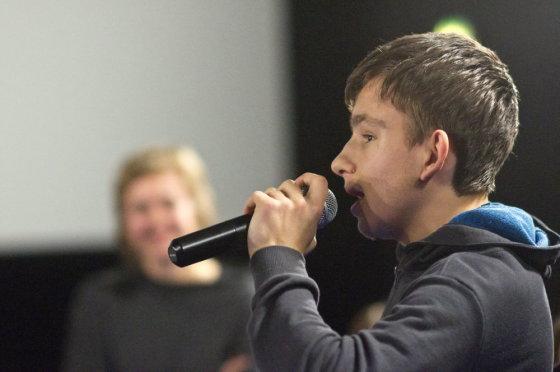 "Viktoro Volkovo nuotr./Diskusija po filmo ""Pokalbiai rimtomis temomis"""
