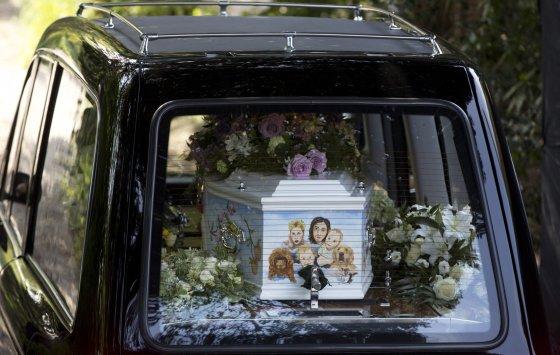 "AFP/""Scanpix"" nuotr./Peaches Geldof laidotuvės"