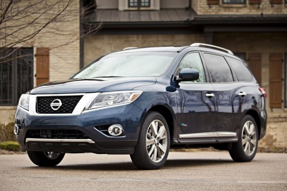 "(nuotr.""Nissan"")/""Nissan Pathfinder"""