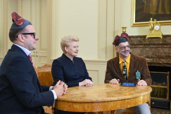 Roberto Dačkaus nuotr./Mauzeris ir Sūrskis su Dalia Grybauskaite