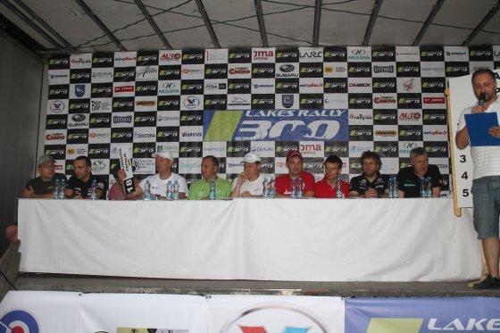 """Tomo Markelevičiaus nuotr./""""300 Lakes Rally"""" starto pozicijų pasirinkimas"""