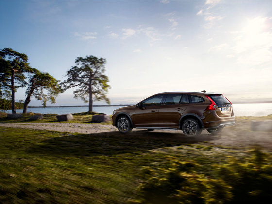 """Volvo Cars"" nuotr./""V60 Cross Country"""