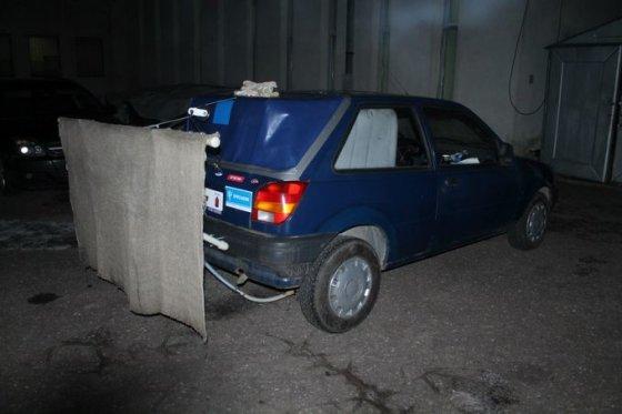 """Tomo Markelevičiaus nuotr./Ledo liejimui pritaikytas """"Ford Fiesta"""""""