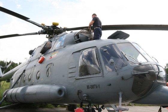 Alvydo Januševičiaus nuotr./Lietuvos karinių oro pajėgų sraigtasparniai