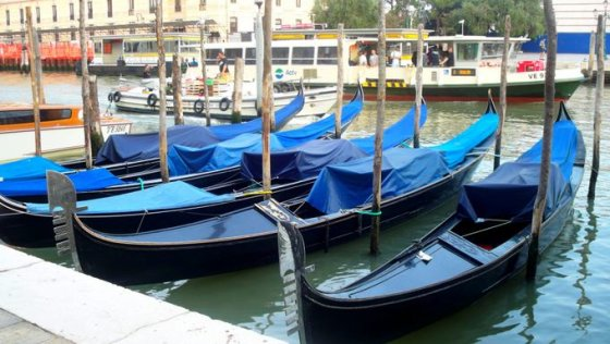 Venecijos simbolis -Gondolos