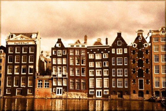 123rf.com nuotr./Amsterdamo senamiestis skalaujamas kanalo