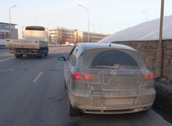 Vilniaus apskrities VPK nuotr./Žiemą apskretęs mašinos numeris
