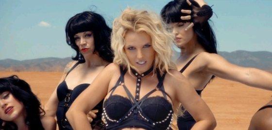 """Kadras iš """"YouTube""""/Britney Spears dainos """"Work Bitch"""" vaizdo klipe"""