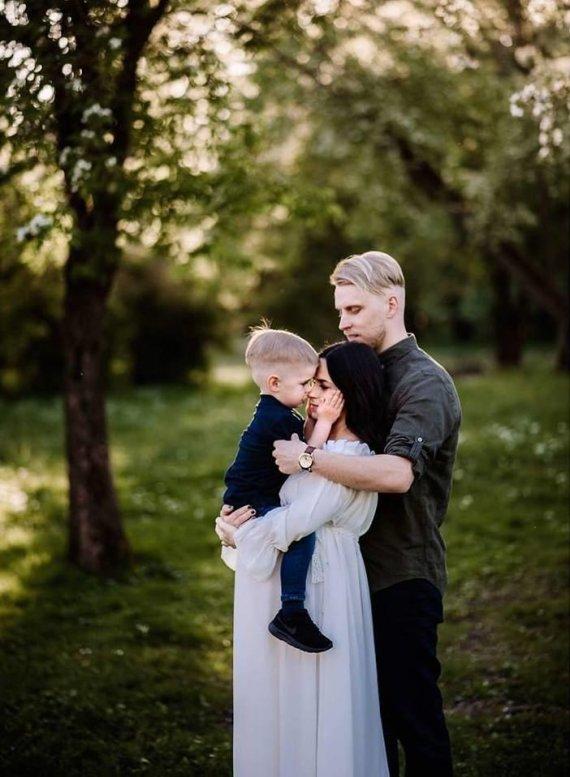Index photography nuotr./Justina ir Tadas Gaučai su sūnumi Jurgiu