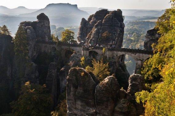 123rf.com nuotr./Saksonijos Šveicarijoje esančios Bastėjos uolos jau daugiau nei 200 m. sulaukia turistų iš viso pasaulio
