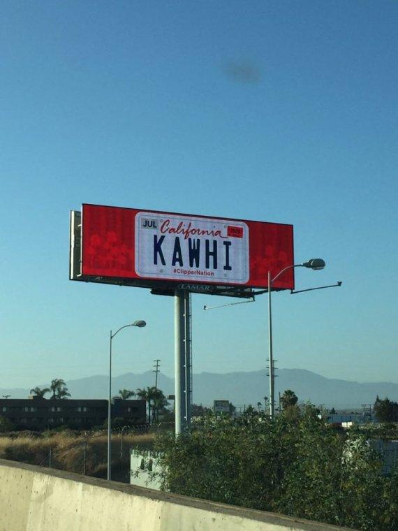Twitter nuotr./Kawhi Leonardas viliojamas stendais Los Andžele