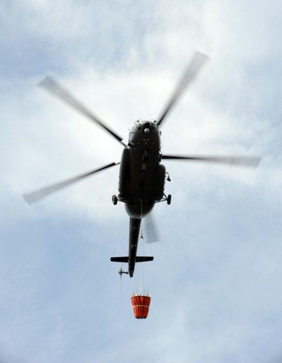 Asociatyvinė KAM archyvo nuotrauka (aut. Alfredas Pliadis)/Lietuvos kariuomenės sraigtasparnis Mi-8