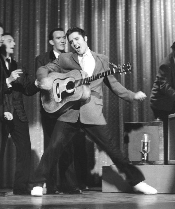 """Reuters""/""Scanpix"" nuotr./Elvis Presley (1956 m.)"